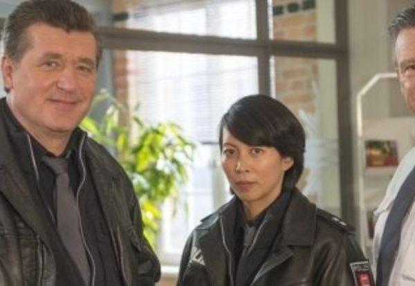 Minh-Khai Phan-Thi geht auf Streife Drehstart für die neunte Staffel der ZDF-Polizeiserie NOTRUF HAFENKANTE