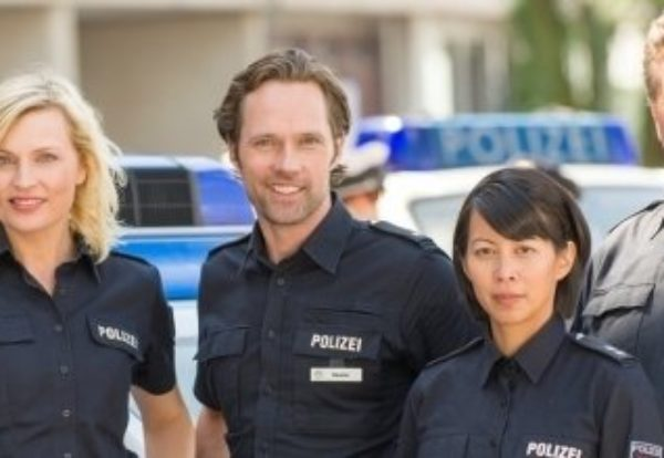 Drehstart für zehnte Staffel der ZDF-Polizeiserie NOTRUF HAFENKANTE / Mit Minh-Khai Phan-Thi als Neue im Revier